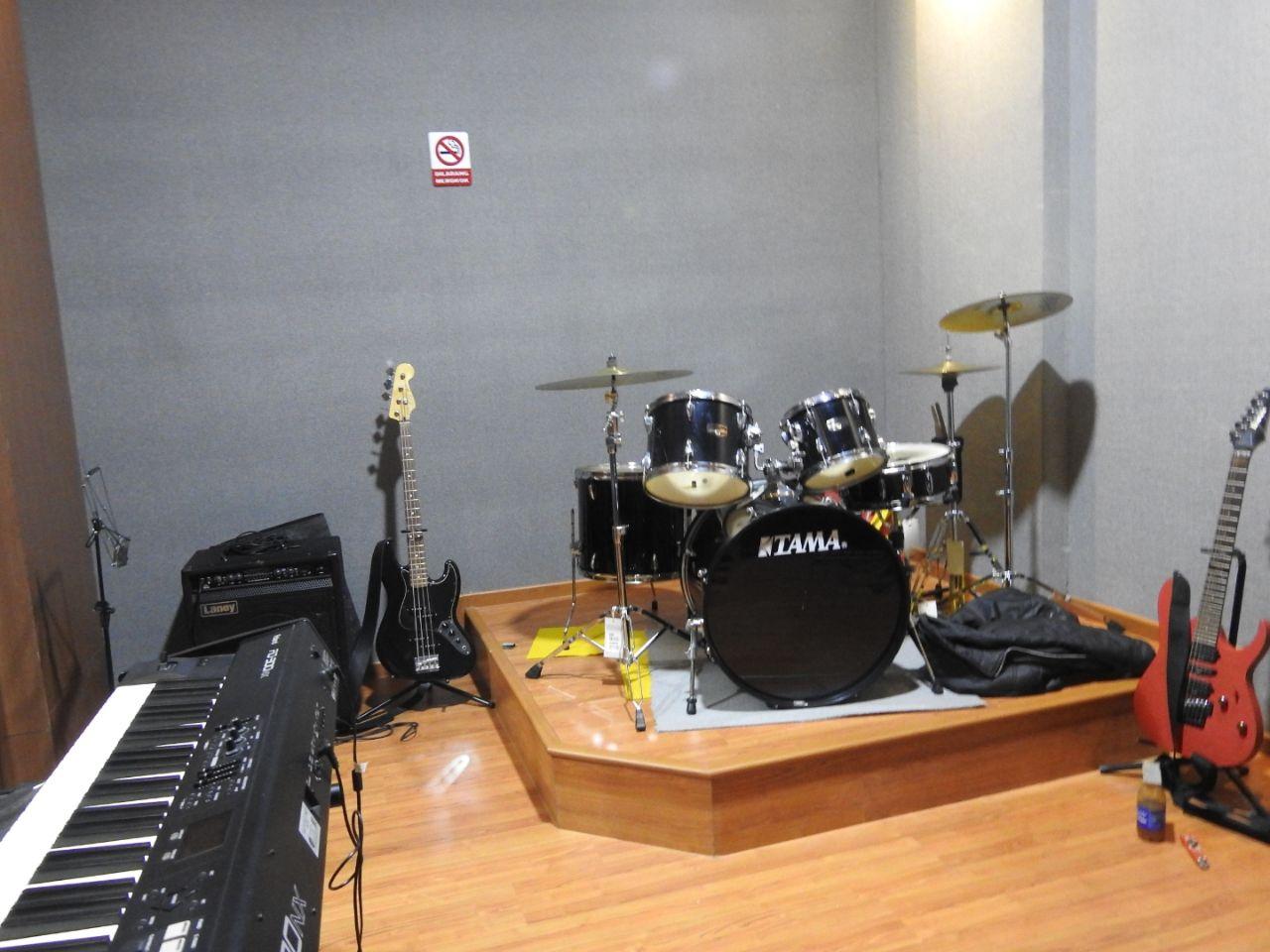 Praktisi Pembuatan Ruangan Studio Musik Professional