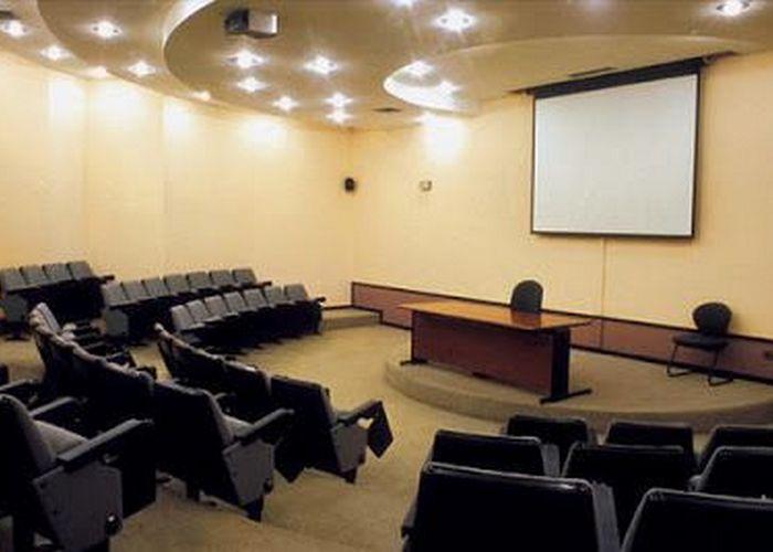 Jasa Pemasangan Peredam Suara Ruangan Seminar (1)