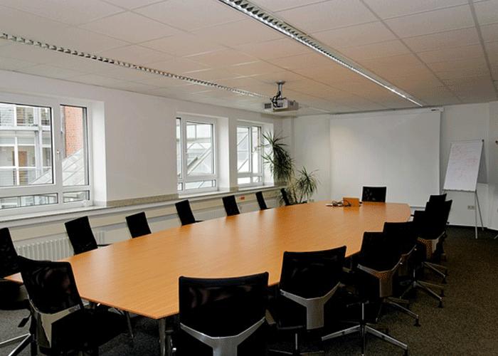 Jasa-Pembuatan-partisi-Peredam-Suara-Ruangan-konferensi